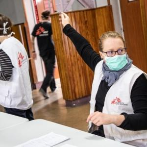国境なき医師団日本が新型コロナウイルス対応のスタッフを緊急募集