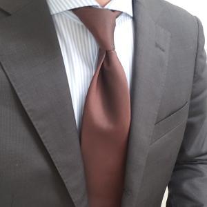 オリヒカダークブラウンスーツと新しいシャツとトレーディングポストダブルモンク