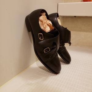 カビ生えたんで革靴の丸洗いしました。