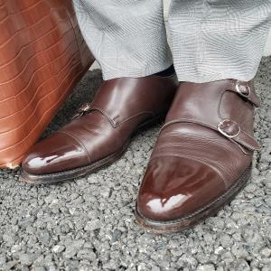 たまには鏡面靴磨きでもして気分を上げよう!!