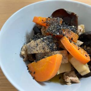 ホットクックでキクラゲ入りの煮物作り 黒ごまプラスで鉄分補給もバッチリです