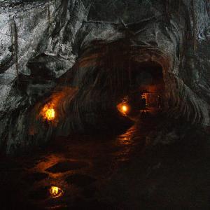 サーストン溶岩トンネルが再開