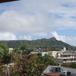 ハワイ訪問者州が毎日1万人超えに