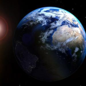 地球の日周運動と年周運動