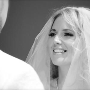 【2020年版】結婚線で結婚する年齢を診断!手相で分かる婚期や晩婚傾向・離婚・再婚について