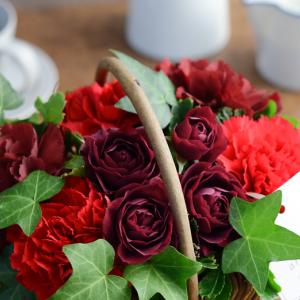 2019年母の日のフラワーギフト。40代主婦に選ばれている人気のお花を3種ご紹介