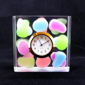 ゼリービーンズのカラフル卓上時計【風邪と花粉とお花見と】