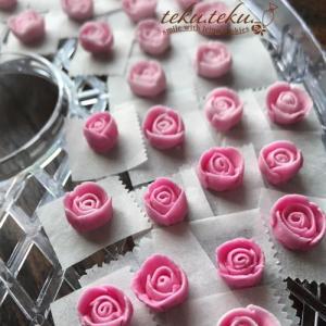 アイシングクッキー講師作品 ~温かいギフトレッスン✽ピンクの薔薇を♡~