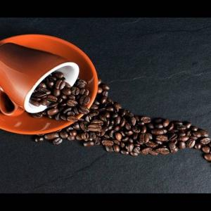 コーヒーを飲むことであらゆる死因において死亡率が下がる