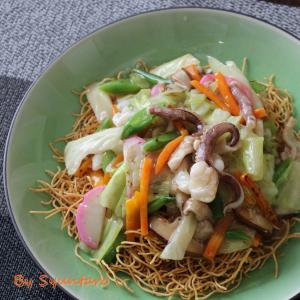 【郷土料理・長崎】一食分の野菜が摂れる『長崎皿うどん』~スープ付きで簡単~