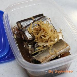 【簡単・作り置き】圧力鍋で骨まで食べられる『秋刀魚の煮付け』
