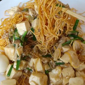 市販の皿うどんを使って作る『麻婆豆腐皿うどん』~手軽に作れるのでお試し下さいませ~