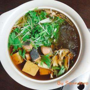 【鍋スープ・醤油味】昆布だし顆粒と本だし顆粒でお手軽『秋鮭と水菜のはりはり鍋』