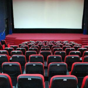 映画館で一回見た映画は500円でもう一回見られるみたいなサービス