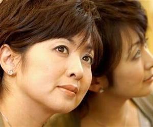 50代部門で受賞の斉藤由貴、誕生日のジュエリーは「自分で買います(笑)」