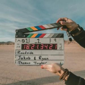 日本5大映画監督 黒澤明、深作欣二、山田洋次、伊丹十三 あと1人は?
