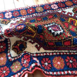 今日は素敵絨毯を4枚追加しました