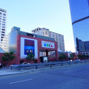 MOCA(ロサンゼルス現代美術館)-小さいながらも存在感ある美術館