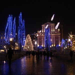 クリスマスマーケットが可愛い-スロベニア リュブリャナ旅行記(2011/12)
