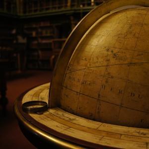 外国語学部と国際学部の違いとは-外国語は地域研究,国際は国境を超えた関係を研究