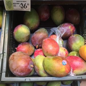 """メキシコのマンゴーの選び方と切り方-おすすめは""""Mango Ataulfo"""""""