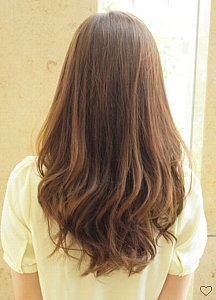可愛い髪型になりたい。