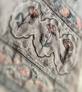 カシミール刺繡の課題完成