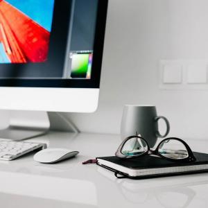 中小企業向け!1台5分でできるパソコンの簡単セキュリティ対策 2つの方法