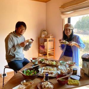 「福縁の宿」に和嶋歩さんと大花 慶子さんが来てくれました。