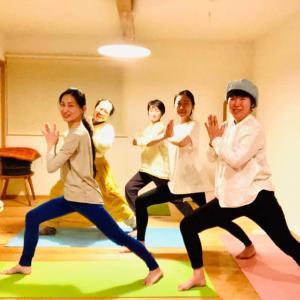 【報告】4/29にはYoga&yoga(笑いヨガ&ヨガ)