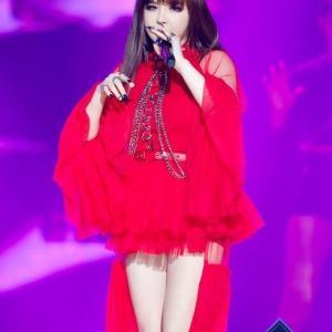 元2NE1のBOM、25日にカムバック確定!「Queendom」でステージ初公開