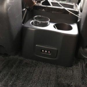 車でHuluやYouTubeを見る!
