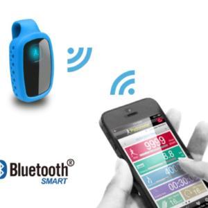 毎日徒歩/Bluetoothでスマホと連動