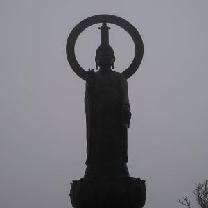 【大峰山系】釈迦ヶ岳の山頂でお釈迦様を拝む、パワースポット満喫登山