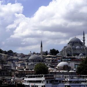 2)トルコ旅行1日目 スレイマニエ・モスク、100年トラム HD PENTAX-D FA★ 50mmF1.4 SDM AW