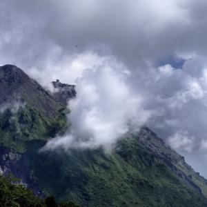 雲仙ロープウエーで普賢岳を間近に見る迫力 HD PENTAX-D FA 15-30mm F2.8 ED SDM WR HD PENTAX-D FA★ 50mmF1.4 SDM AW