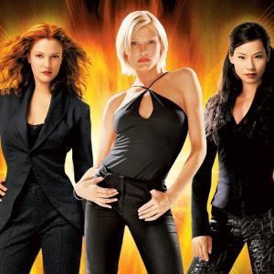 映画『チャーリーズ・エンジェル』(2000年)『チャーリーズ・エンジェル フルスロットル』(2003年) 最強の3人が素敵!