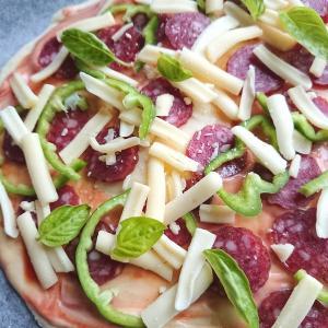 【ビニール袋1枚】好きな具材をたっぷりのせて手作りピザを作ろう!【おうちピザレシピ】