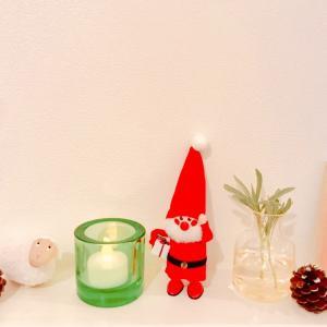 ダイソー:松ぼっくりのリースでクリスマスの飾りつけ