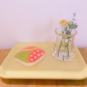インテリア:リビング ダイニングテーブルにお花を飾ろう