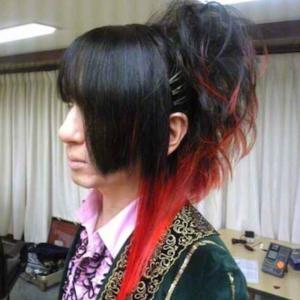 髪型(色)変えたいな、と納豆問題。