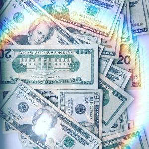 新しいお金の引き寄せメソッドが誕生!? 〜Lazuli考案「キャッシュレス・メソッド」〜