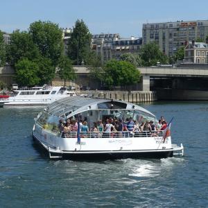 パリで「バトビュス」に乗ってみよう!乗り場や料金、営業時間を徹底解説!