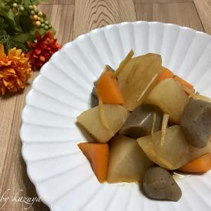 大根とこんにゃくの生姜煮|小さい計量カップ