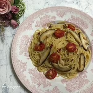 しいたけとミニトマトのペペロンチーノ