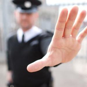 新型コロナで広がった「自粛警察」「ネットの誹謗中傷」の正体!