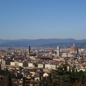 【イタリアに行こう♪10】フィレンツェを一望できるおすすめは、ミケランジェロ広場ではなく・・・、もうちょっと上までがんばりましょう。そしてイタリアのネコに初遭遇!