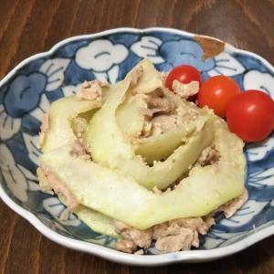 青パパイヤと豚肉の炒め物 in 朝顔文 なます皿♪