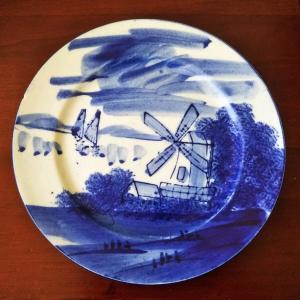 風車のある風景のお皿で静岡抹茶パンケーキを♪