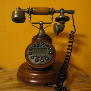 1890年12月16日、「電話創業記念日」